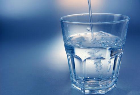 Nước uống cho người bệnh gút