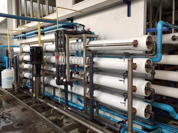Hệ thống dây chuyền lọc nước uống tinh khiết