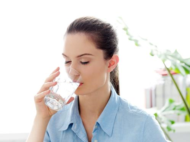 Uống nước ion kiềm giúp ngăn ngừa bệnh ung thư hiệu quả
